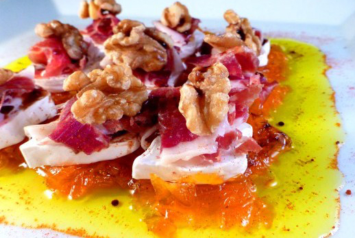 Iberico ham, goat cheese and walnut salad with carrot jam